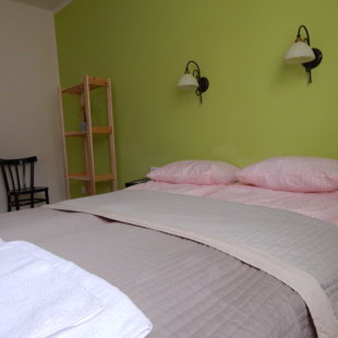 1. Hálószoba - 1. Bedroom - 1. das Sclafzimmer
